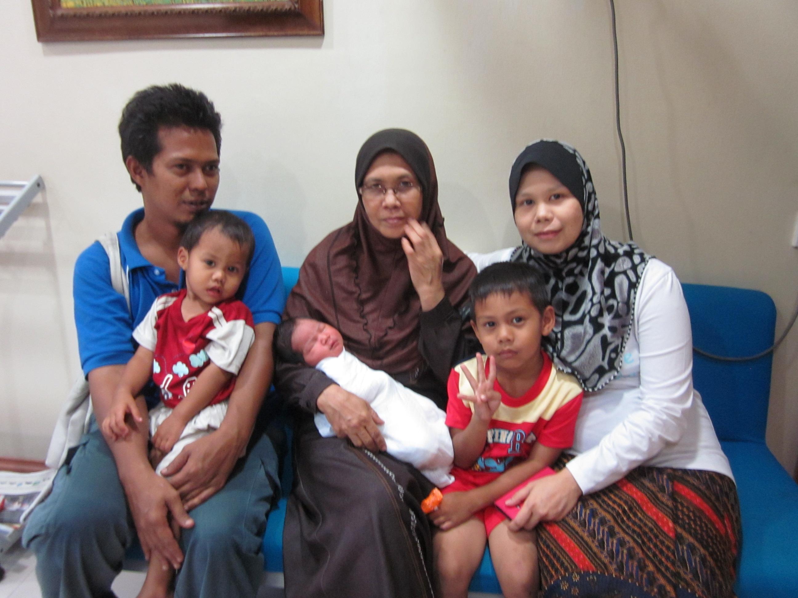 Siti Nur Raina & Yusairi